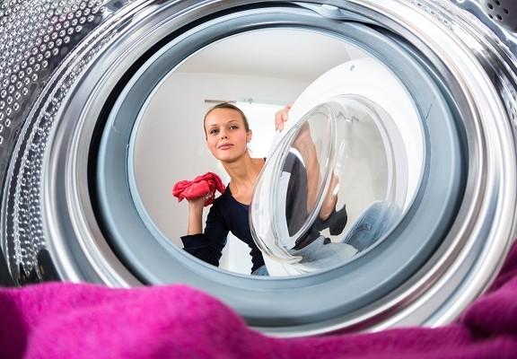 Kaip-skalbti-pūkinius-rūbus