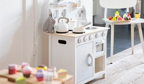 Medinės virtuvės vaikams